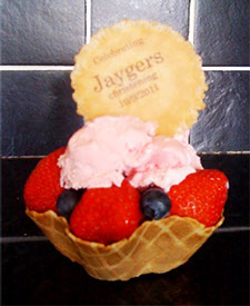 Personalised Ice Cream Wafer by Delicious Fruits and Fountains