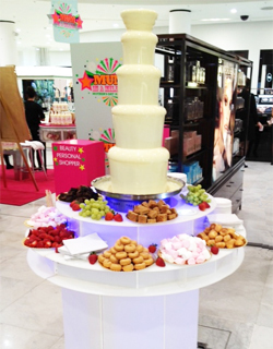 White Chocolate Fountain with dippers at Delicious Fruits & Fountains Client Event  Manchester