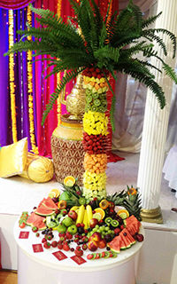 Fruit Palm Tree display by Delicious Fruits & Fountains